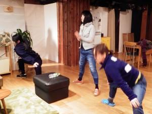田中さんと森川さんのストレッチ。