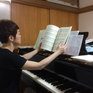 ピアニストの堀切さん。BRFのメンバーです。